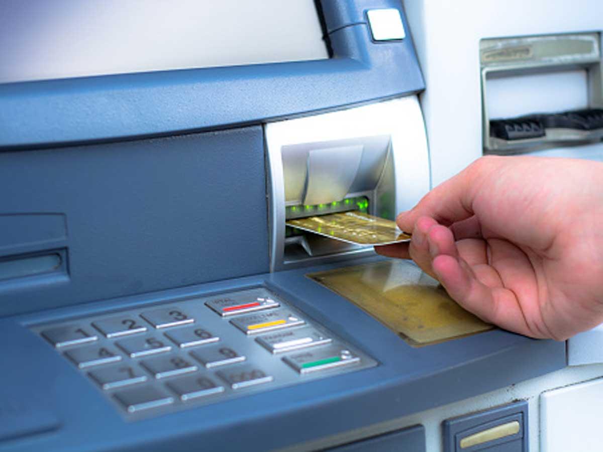 Bank Caj RM2 Untuk Perkhidmatan Transaksi Di Kaunter